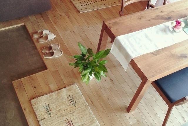フルボ酸の力で家中の床を綺麗にしよう